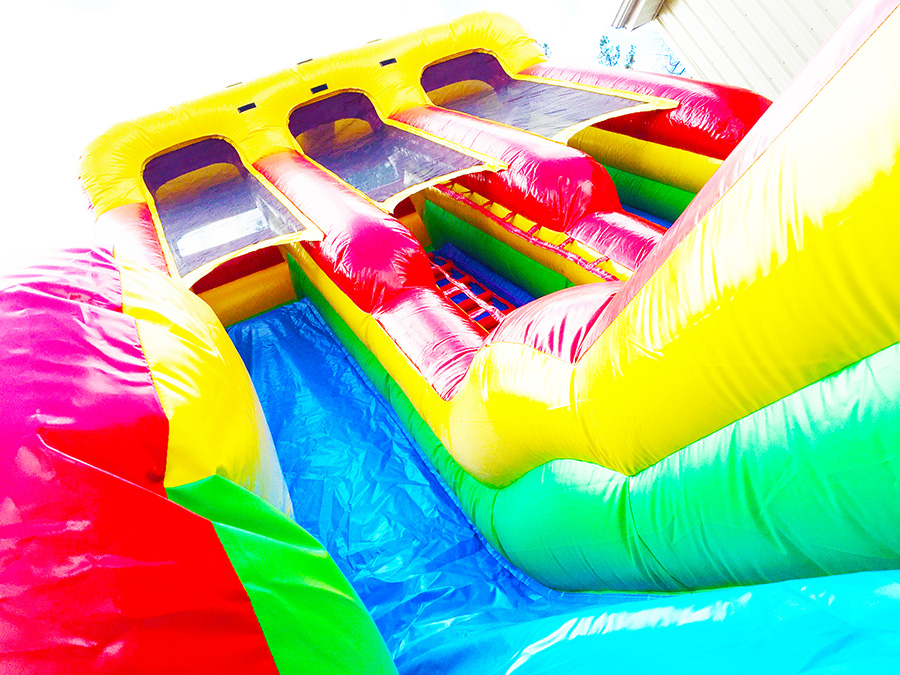 inflatable slide with two lanes for safety